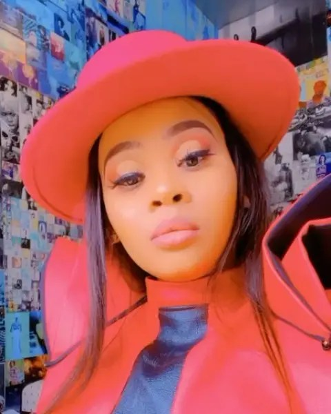 Lady Du leaves Mzansi in a pool of emotions after detailing her real life story – Video