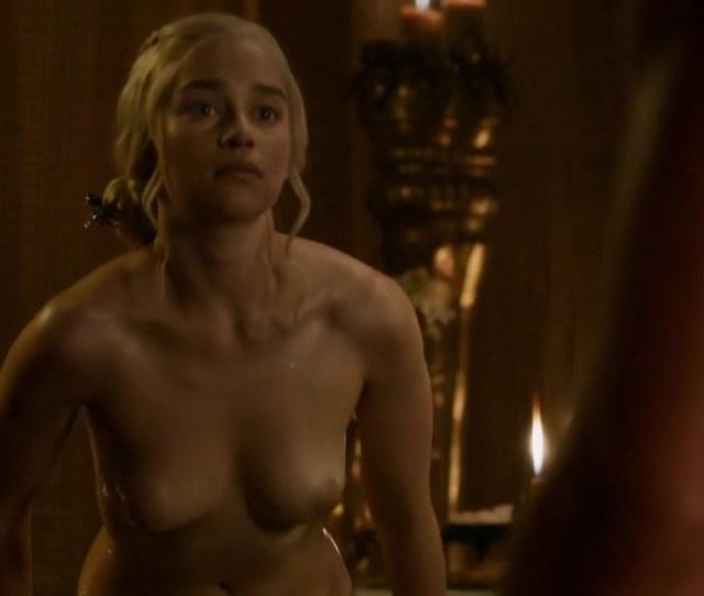 Emilia Clarke Naked Bath