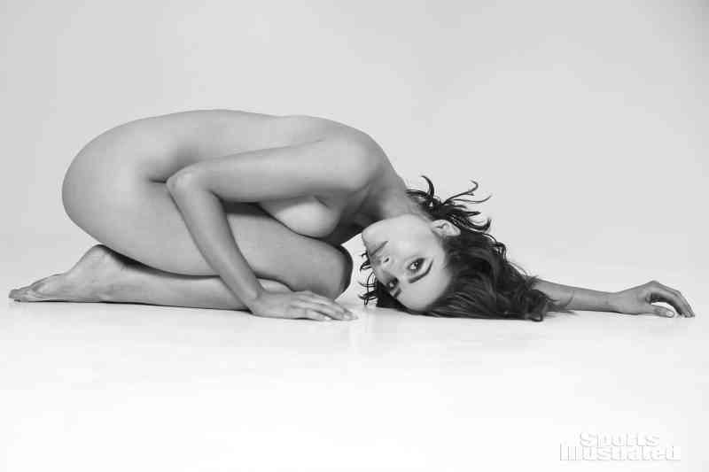 Olivia Culpo nude Sports Illustrated pics (7)