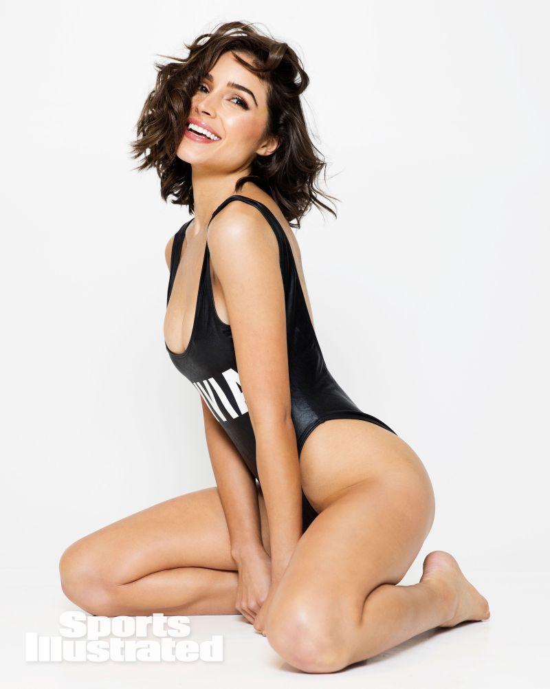 Olivia Culpo sexy photos (2)