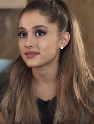 Ariana Grande Family Guy : ariana, grande, family, Ariana, Grande, Worth,, Height,, Weight,, Wiki,, Brother, Parents