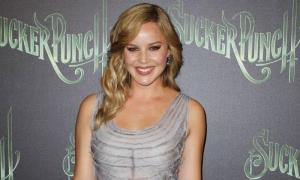 Abbie Cornish Height, Bio, Wiki, Age, Boyfriend, Net Worth, Facts