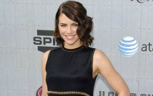 Lauren Cohan Biography, Wiki, Age, Height, Boyfriend, Net Worth, Facts