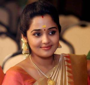 Ananya (Actress) Height, Weight, Age, Biography, Wiki, Husband, Family