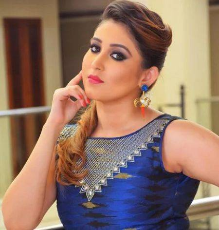 Oindrila Sen Height, Weight, Age, Wiki, Biography, Boyfriend, Family