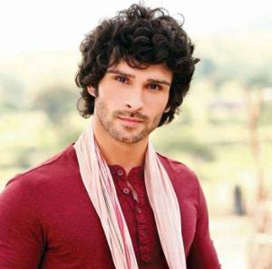 Girish Kumar House Address, Phone Number, Email Id, Contact Info