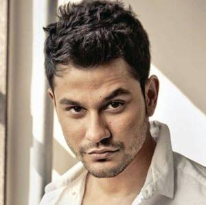 Kunal Khemu House Address, Phone Number, Email Id, Contact Info