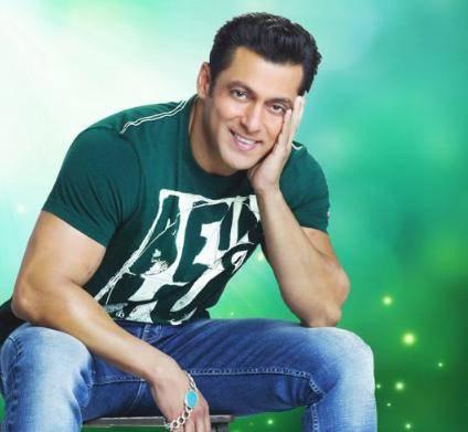 Salman Khan Age, Height, Weight, Wiki, Biography, Girlfriends, Family