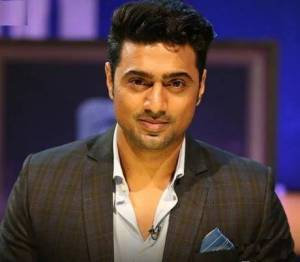 Actor Dev Age, Height, Weight, Wiki, Biography, Girlfriend, Wife, Family