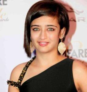 Akshara Haasan Contact Address, Phone Number, House Address, Email Id