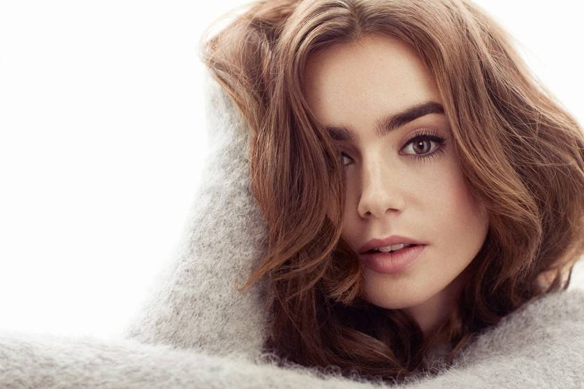 Lily Collins Biography, Height, Weight, Age, Size, Family, Affairs