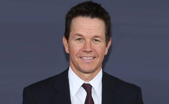 Mark Wahlberg Lifestyle, Wiki, Net Worth, Income, Salary, House, Cars, Favorites, Affairs, Awards, Family, Facts & Biography