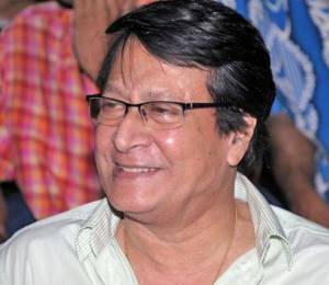 Ranjit Mallick Age, Height, Wiki, Biography, Daughter, Wife, Family Photo