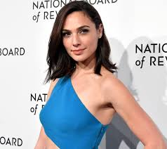 Gal Gadot Biography, Net Worth, Height, Weight, Age, Size, Family