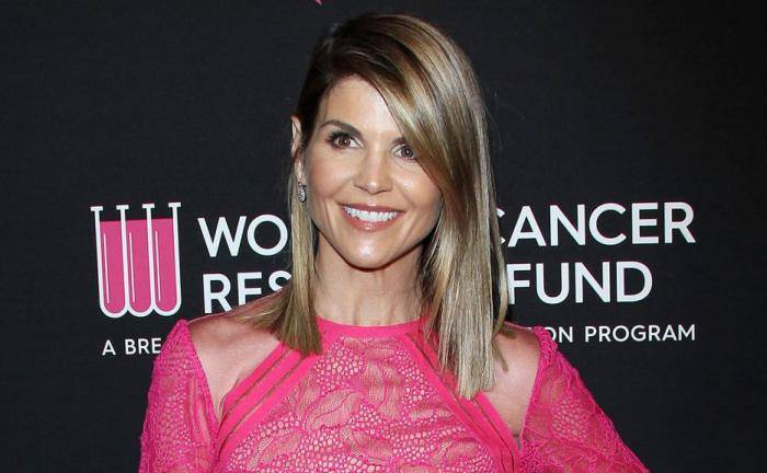 Lori Loughlin Lifestyle, Wiki, Net Worth, Income, Salary, House, Cars, Favorites, Affairs, Awards, Family, Facts & Biography