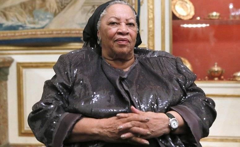 Toni Morrison's Height