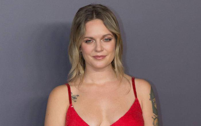 Tove Lo Lifestyle, Wiki, Net Worth, Income, Salary, House, Cars, Favorites, Affairs, Awards, Family, Facts & Biography