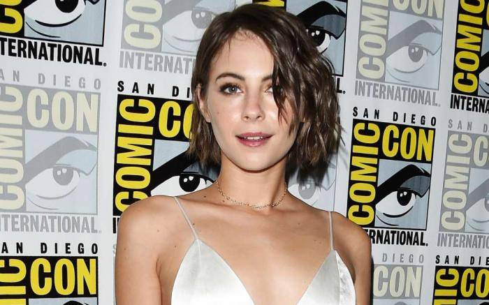 Willa Holland Lifestyle, Wiki, Net Worth, Income, Salary, House, Cars, Favorites, Affairs, Awards, Family, Facts & Biography