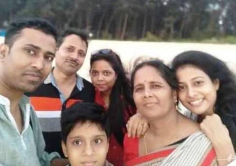 Nidhi Kumari Prasad with his family