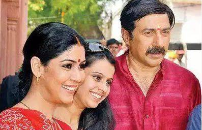 """Sakshi Tanwar in Mohalla Assi """"width ="""" 397 """"height ="""" 256 """"srcset ="""" https://225508-687545-raikfcquaxqncofqfm.stackpathdns.com/wp-content/uploads/2019/11/Sakshi-Tanwar-in-Mohalla -Assi.jpg 397w, https://225508-687545-raikfcquaxqncofqfm.stackpathdns.com/wp-content/uploads/2019/11/Sakshi-Tanwar-in-Mohalla-Assi-300x193.jpg 300w """"sizes ="""" (max .width: 397px) 100vw, 397px"""