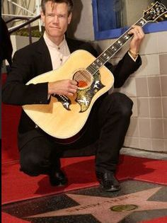 Randy Bruce Traywick is A Singer Songwriter Guitarist and Actor His Profile Hobbies Favorite Things Net Worth