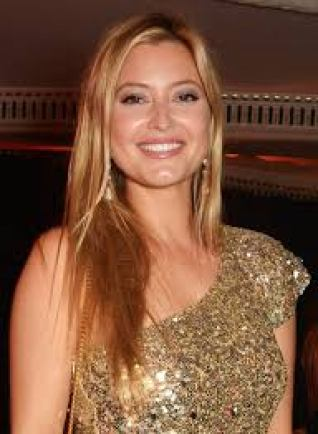 Holly Valance Rachel Candy Net Worth Height Weight Bra Size Shoe Relationship Career Profile Favorite Things An Australian Actress Singer Model