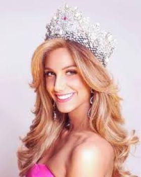 Miss Panama Laura de Sanctis Body Measurements Relationships Net Worth Bra Size Height Weight Biography Age Career Profile Favorite