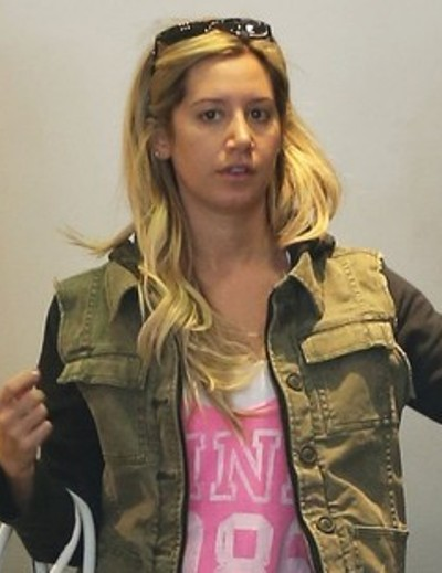 Ashley Tisdale Without Makeup