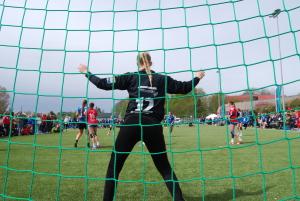Håndball keeper i mål på Fredrikstad cup - dugnad.