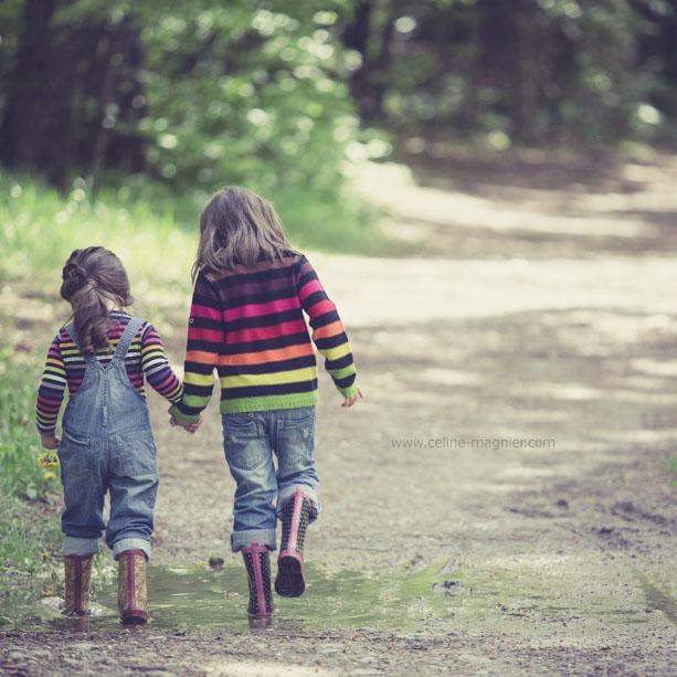 enfant soeurs foret