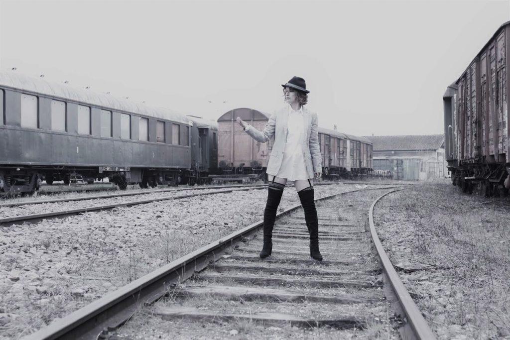 Train urbex femme