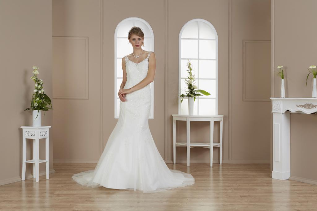 Celine See Brautshooting Fashionmodel deutsches Model Bridal Brautmoden8