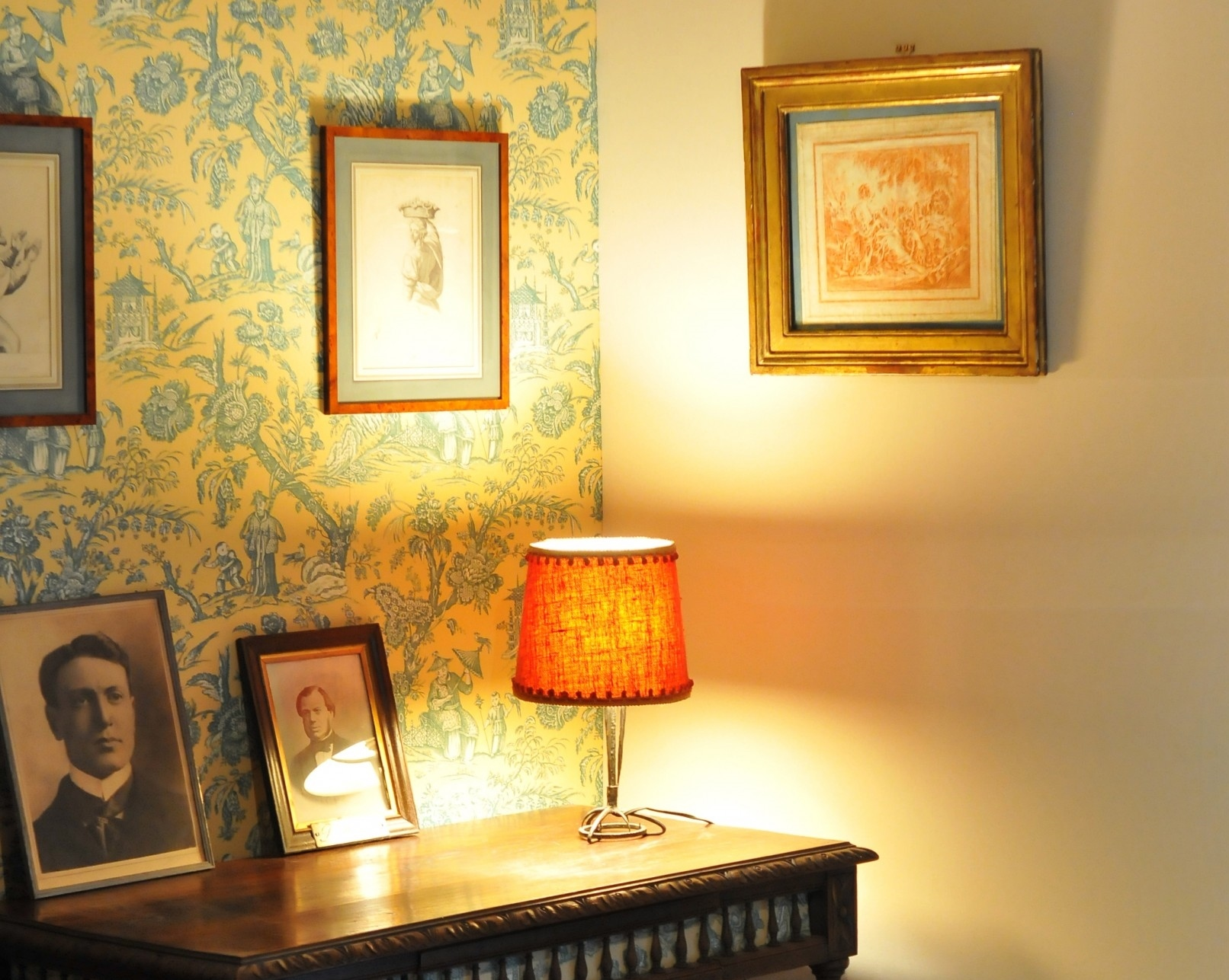tenture murale le boudoir des etoffes. Black Bedroom Furniture Sets. Home Design Ideas