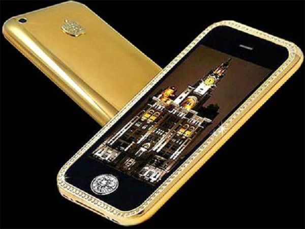 Gold Striker iPhone 3GS