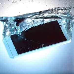Cell Phone Water Damage Cleaning