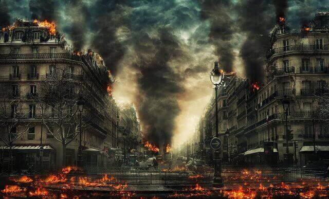 Es una ciudad que esta siendo destruida por el fuego
