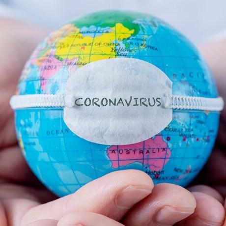 Mundo enfermo por coronavirus y usa tapabocas