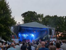 Schlosspark-Bühne