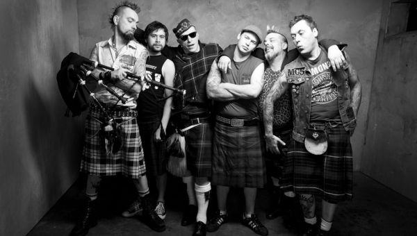 The Real McKenzies – Two Devils Will Talk (2017)
