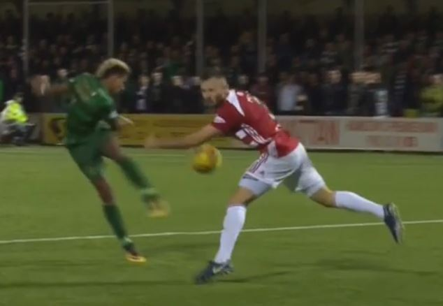 C:\Users\Alan\Documents\Football\Celtic Stats Analysis\Images 17-18\Hamilton A Sinclair shot penaltynfor hands.JPG
