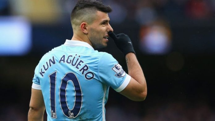 MANCHESTER, ENGLAND - FEBRUARY 06:  Sergio Aguero of Manchester City reacts during the Barclays Premier League match between Manchester City and Leicester City at the Etihad Stadium on February 6, 2016 in Manchester, England.  (Photo by Alex Livesey/Getty Images)