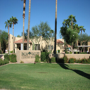 Palm Valley Apartments Photo