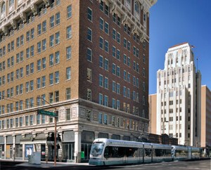 Lincoln Property Co., Invesco Buy Phoenix's Historic Luhrs City Center