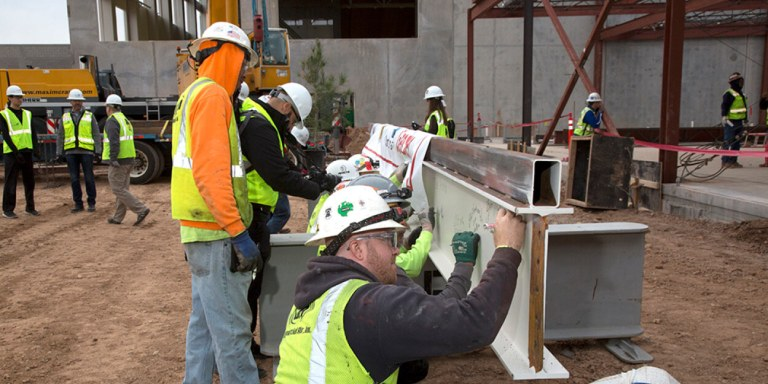 """Great Wolf Resorts and Mortenson Celebrate Construction Milestone with """"Topping Out"""" Ceremony for Great Wolf Lodge Arizona"""