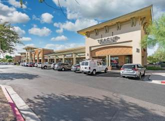 SRS' National Net Lease Group Completes $9.2 Million Sale of Wigwam Creek Shopping Center in Phoenix Submarket