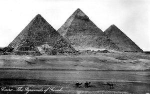 Giza pyramids001