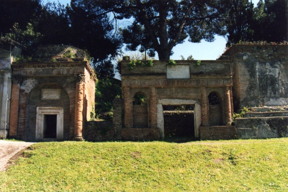 Cemetery of the Week #79: the Archaeological Site at Ancient Pompeii (2/5)