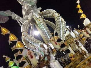 Detalhe do abre-alas do Vai-Vai no Desfile das Campeãs (2017) - Foto de Cassius S. Abreu