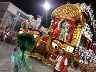 Quarta alegoria da Dragões da Real no Desfile das Campeãs (2017) - Foto de Cassius S. Abreu