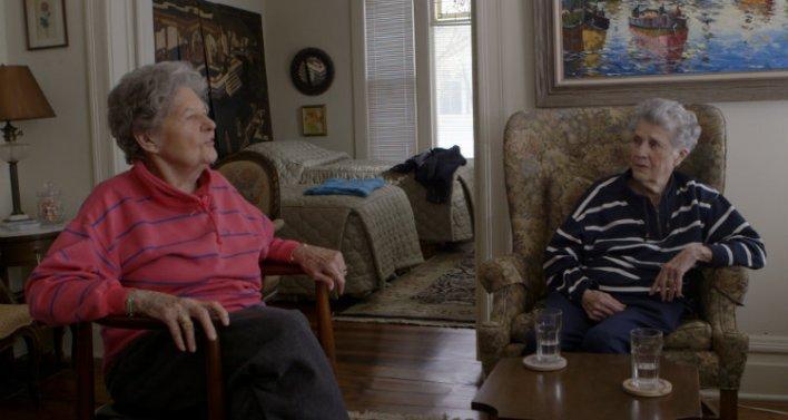 Terry Donahue e Pat Henschel no documentário Secreto e Proibido (A Secret Love, 2020)